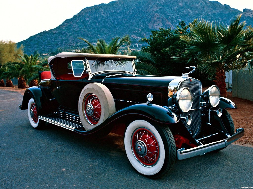cadillac_v16-452-roadster-by-fleetwood-1930-31_r8
